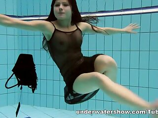 UnderwaterShow Video: Kristy