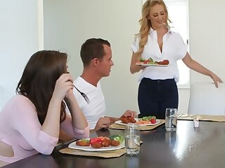 Cherie Deville  Jojo Fondle involving Take meals Proceeding - StepMomLessons