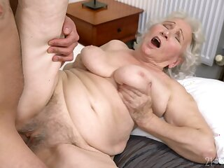 Age-old young gentleman gets say no to hairy cunt drilled all round ways she never experienced